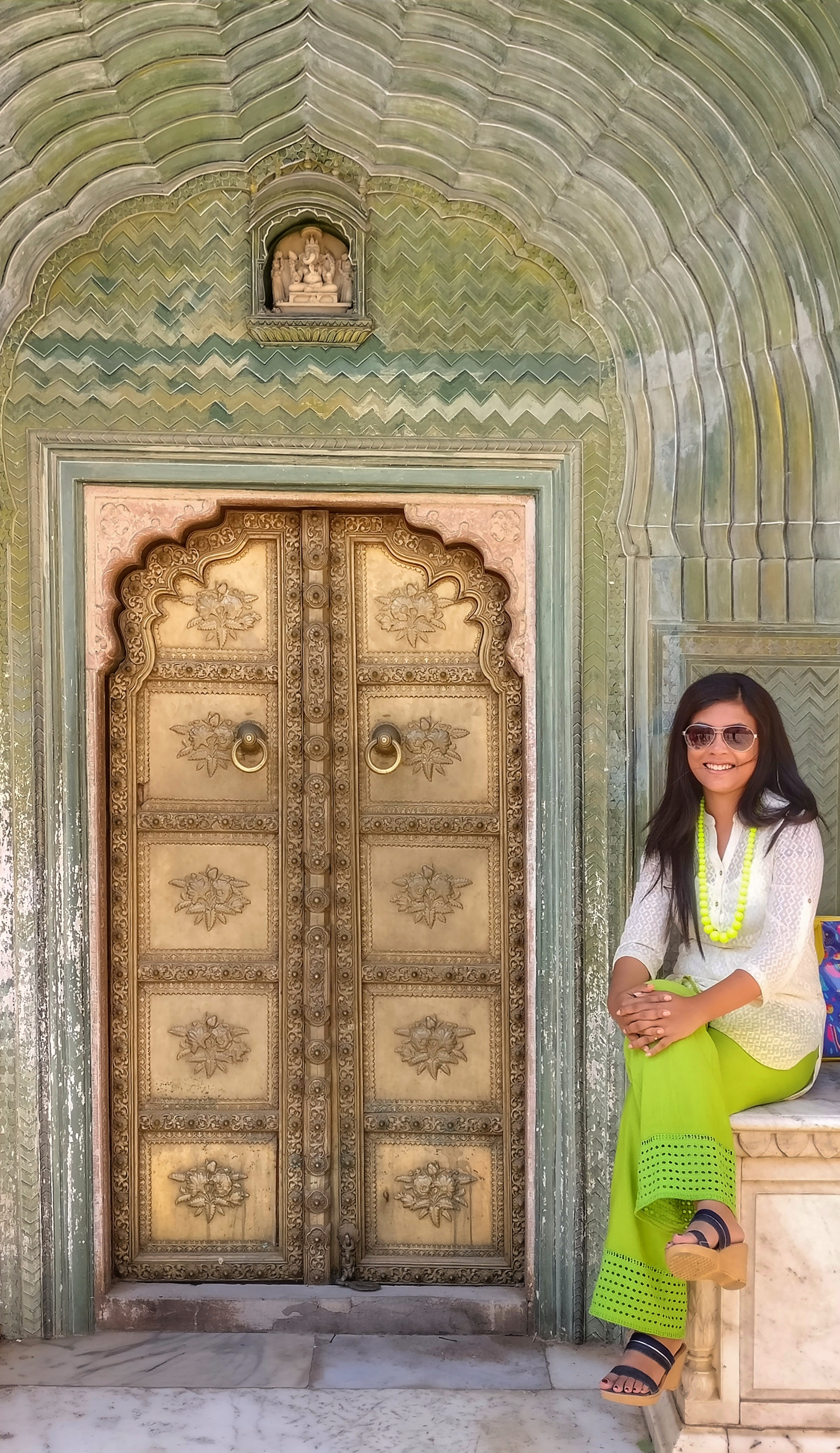 ... Jaipur A quick pose with a beautiful door in the City Palace ... & Photo Blog: The Doors of India u2013 One Earth Too Less pezcame.com